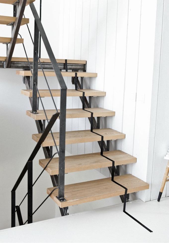 escaliers originaux masking tape washi noir bande scotch - blog déco - clem around the corner