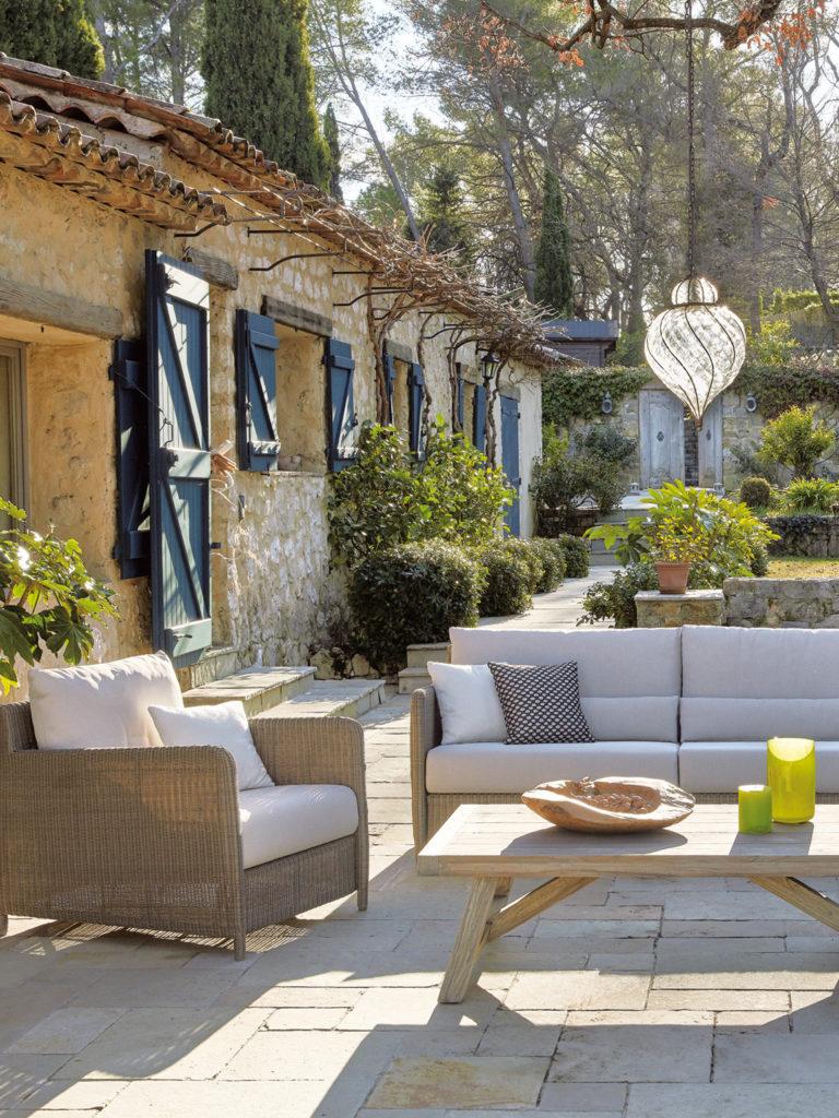 sifas jardin terrasse maison de vacances sud cannes - blog déco - clem around the corner