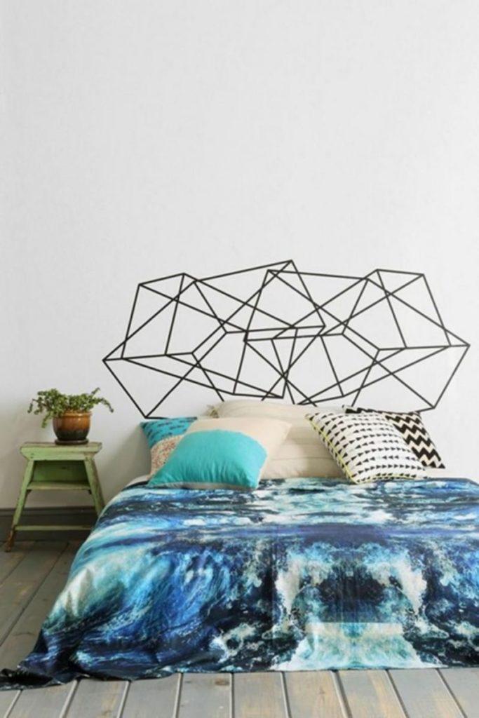 bons plans étudiant tête de lit géométrique scotch noir brap bleu - blog déco - clem around the corner