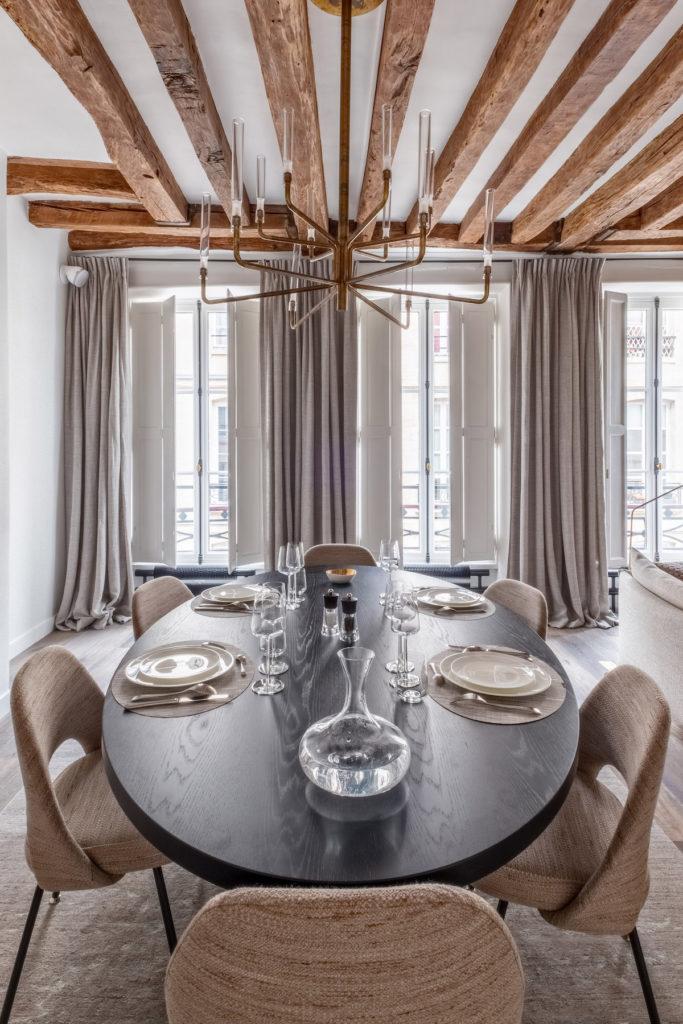 60m2 parisien salle à manger poutres apparentes décoration moderne - blog déco - clem around the corner