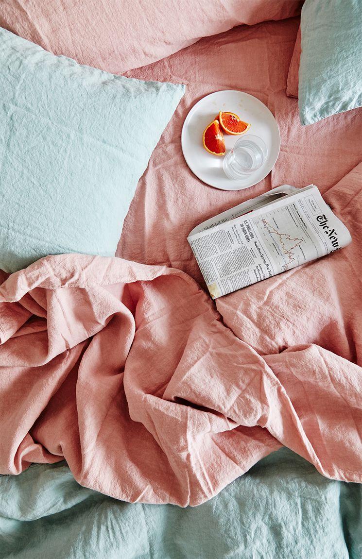rose blush lit bicolore bleu nuance pastel univers doux et bucolique - blog déco - clem around the corner