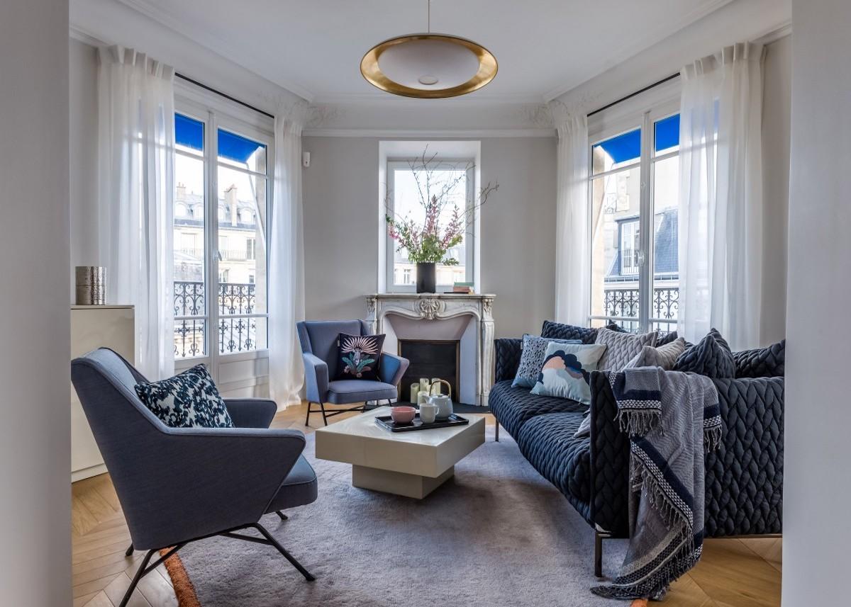 décoration bohème chic salon bleu spacieux lumineux style parisien - blog déco - clem around the corner