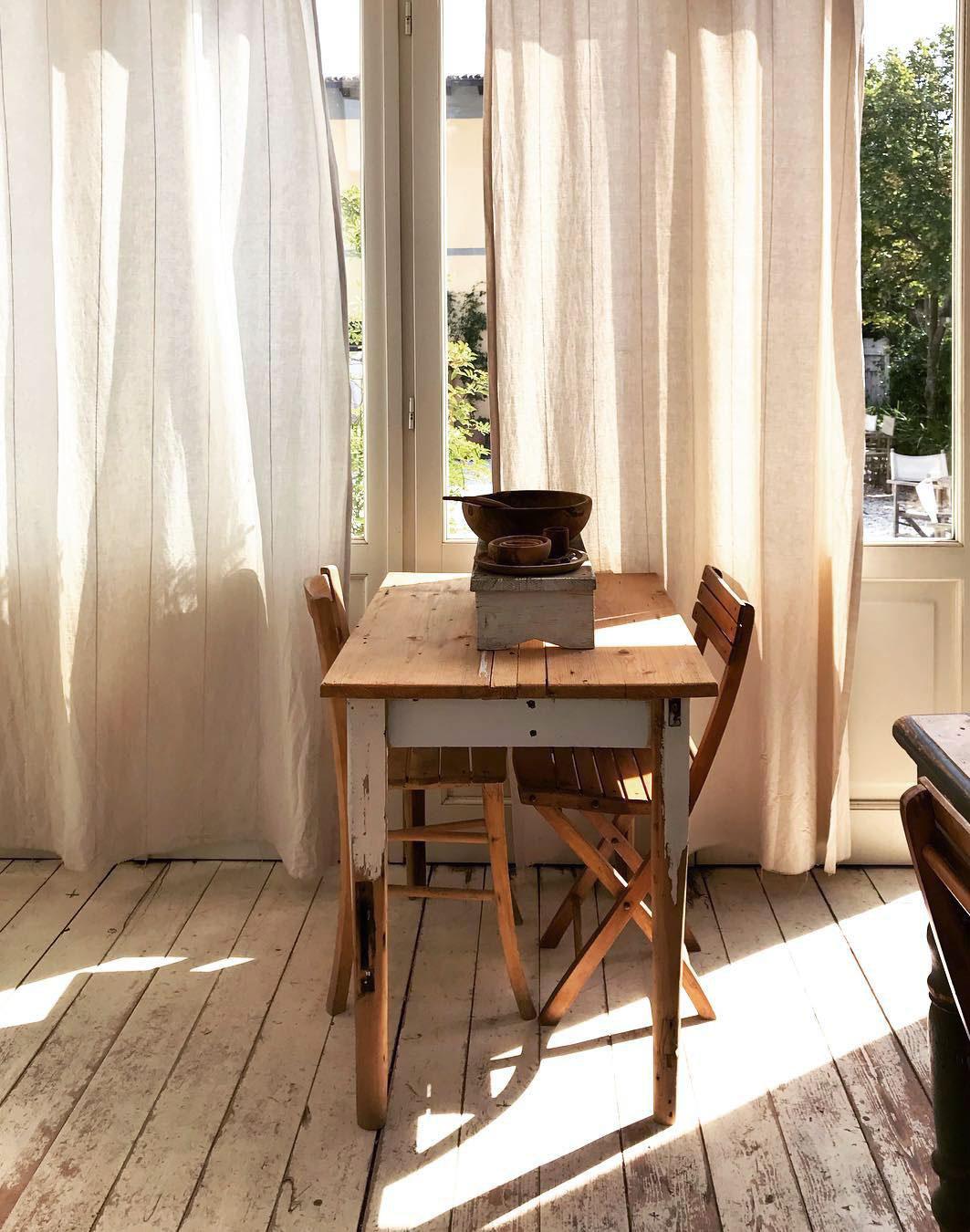 maison style italien cuisine salle à manger parquet blanchi terrasse jardin - blog déco - clem around the corner