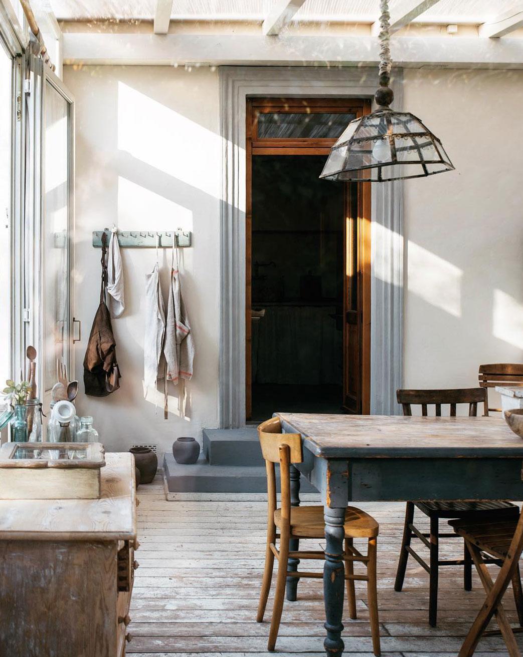 maison style italien salle à manger décoration rustique campagne - blog déco - clem around the corner