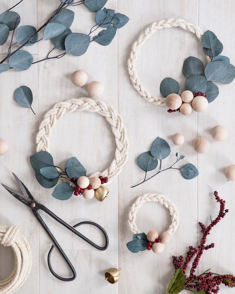couronne de noël eucalyptus diy tressage hygge décoration scandinave slow life - blog déco - clem around the corner