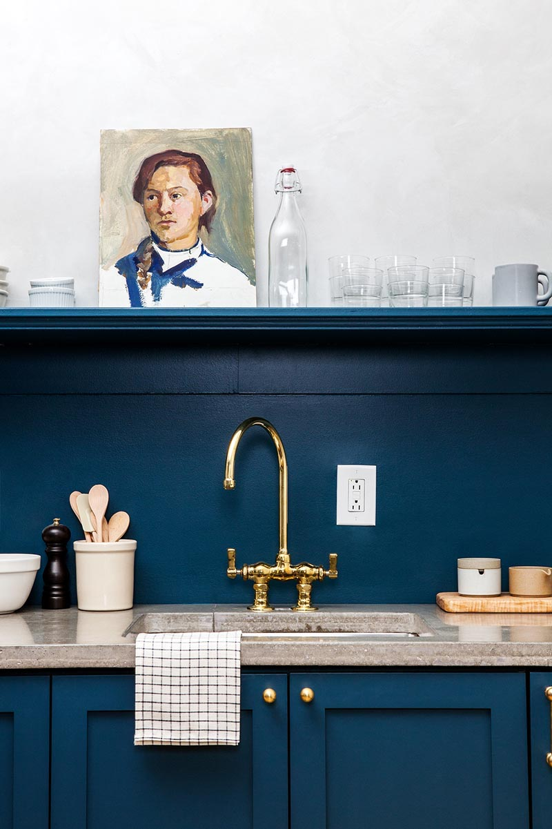 cuisine bleue lokal hotel décoration original rétro - blog déco - clem around the corner