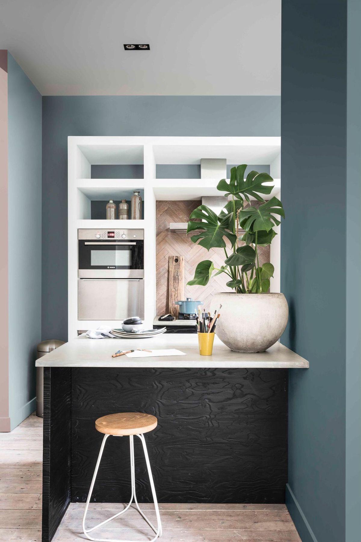 cuisine bleue peinture murale - blog déco - clem around the corner