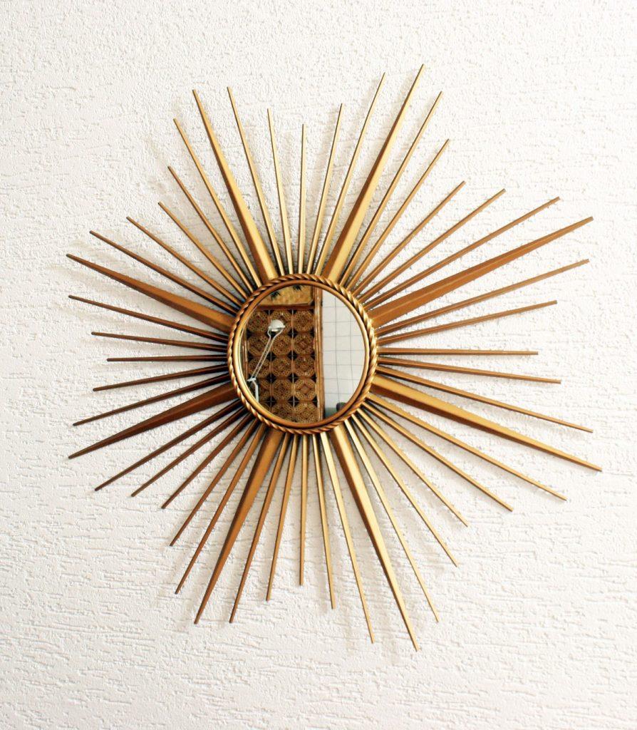miroir soleil chaty vallauris en métal doré - blog déco - clem around the corner