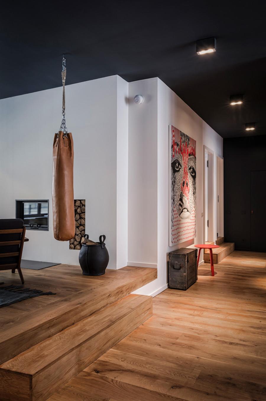 plafond noir appartement masculin décoration masculine - blog déco - clem around the corner
