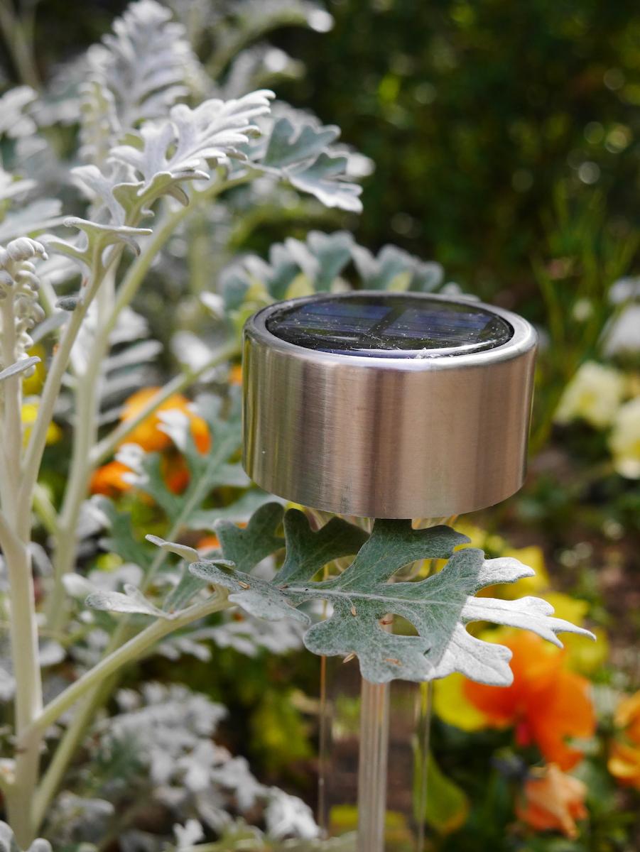 luminaire d extérieur Noterne lampes solaires jardin plante verte terrasse balcon - blog déco - clematc