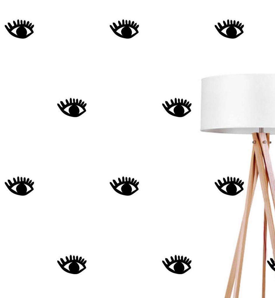 papier peint noir et blanc mur salon chambre lampadaire bois blog décoration intérieure