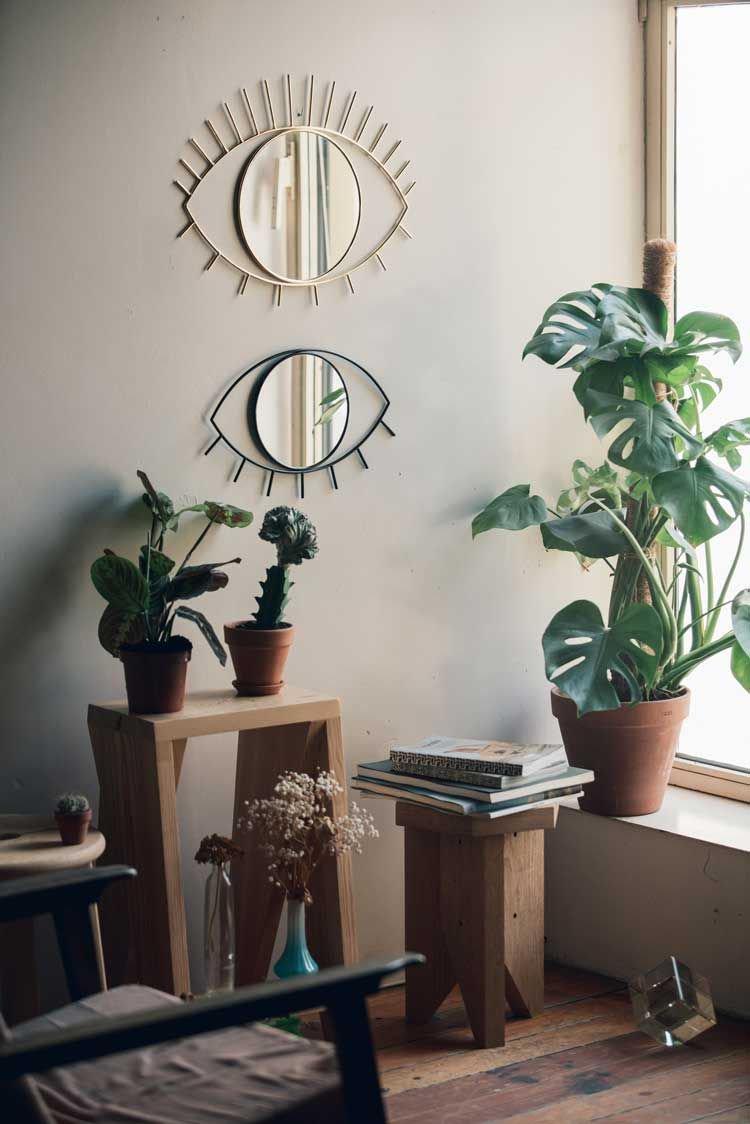 déco oeil miroir salon urban jungle tabouret bois