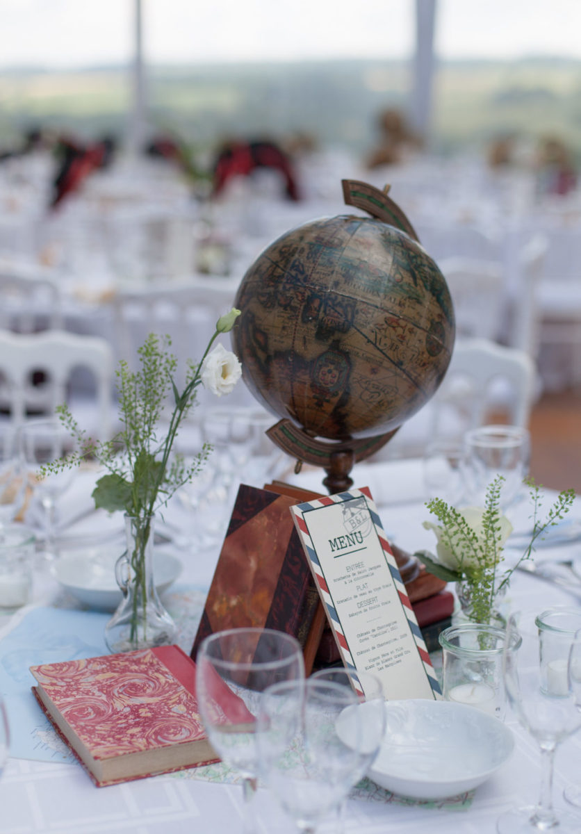 10 idées déco pour un mariage thème voyage déco de table centre de table mariage thème voyage tour du monde - blog déco - clemaroundthecorner