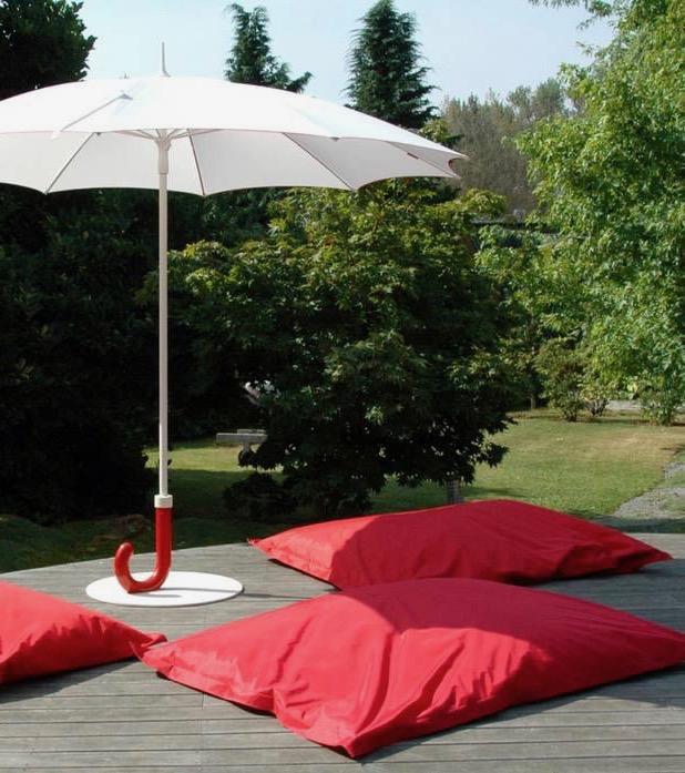 parasol design parapluie gulliver blanc noir terrasse déco décoration clematc