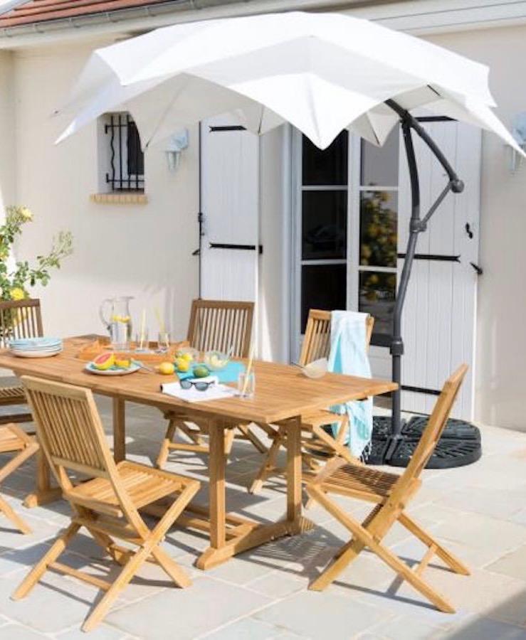 10 parasols designs en forme de fleur de nenuphar nymphea terrassetable bois - blog déco - clemaroundthecorner