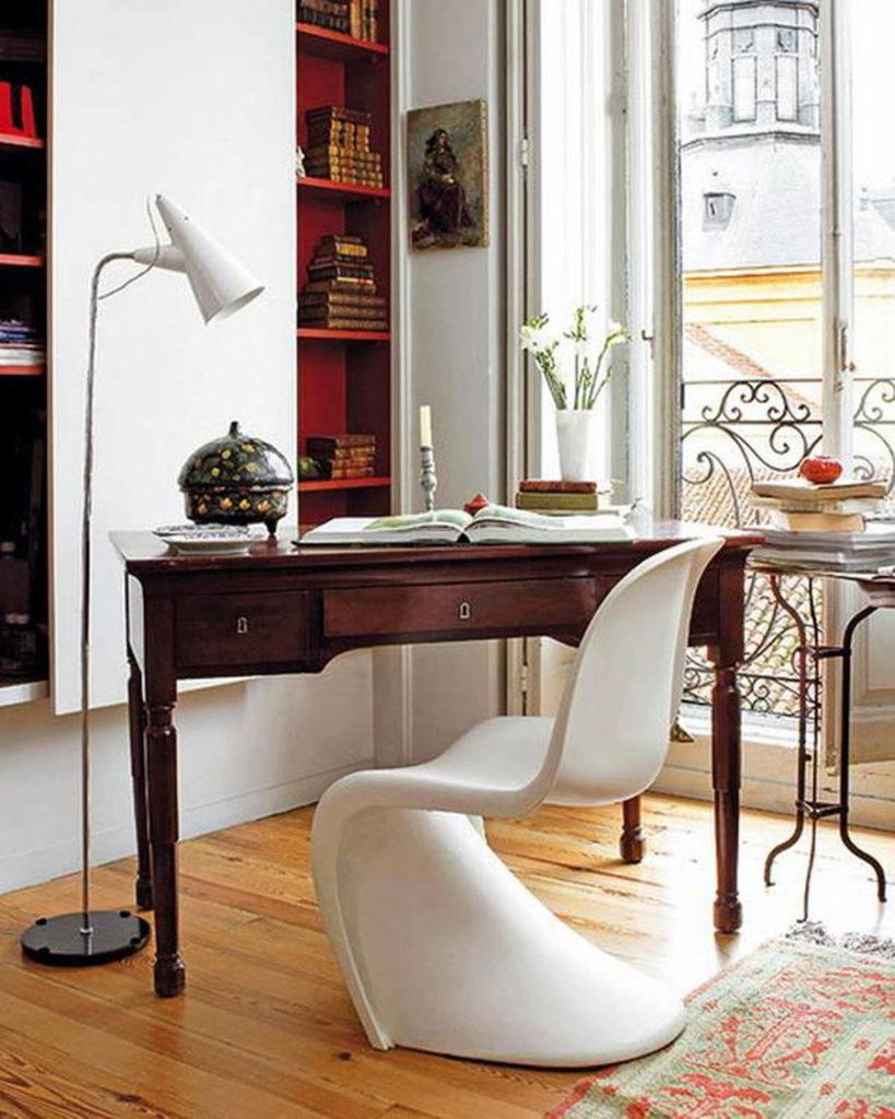 chaise panton icon design danois blanc bureau style vintage table bois clemaroundthecorner