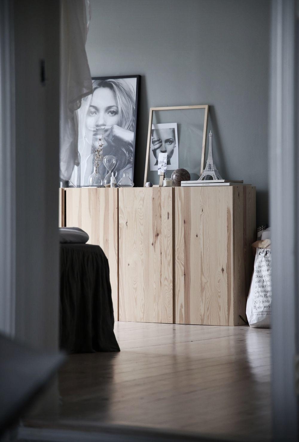ikea hack meuble bois chambre grise élégante blog déco clemaroundthecorner