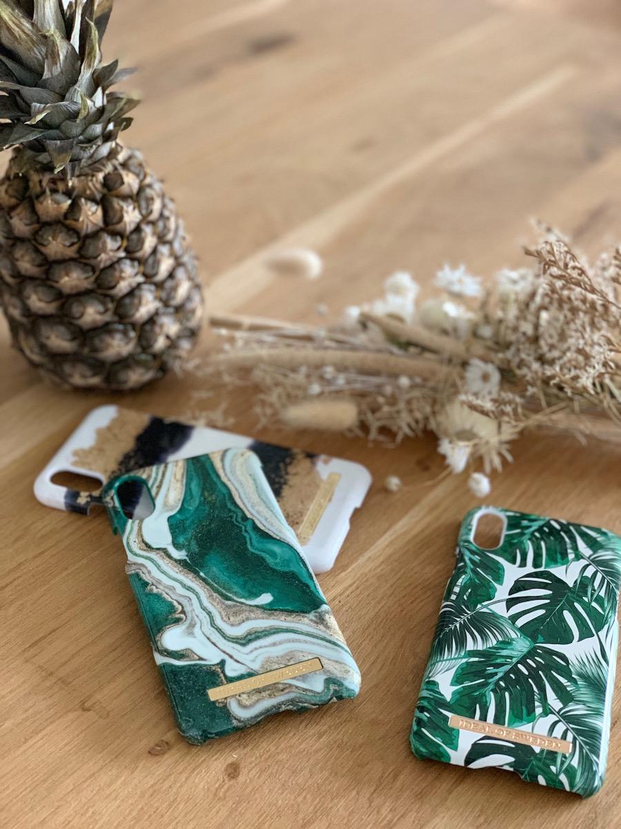 coque Iphone X Xs effet marbre monstera sable pierre ananas IdealOfSweden clematc