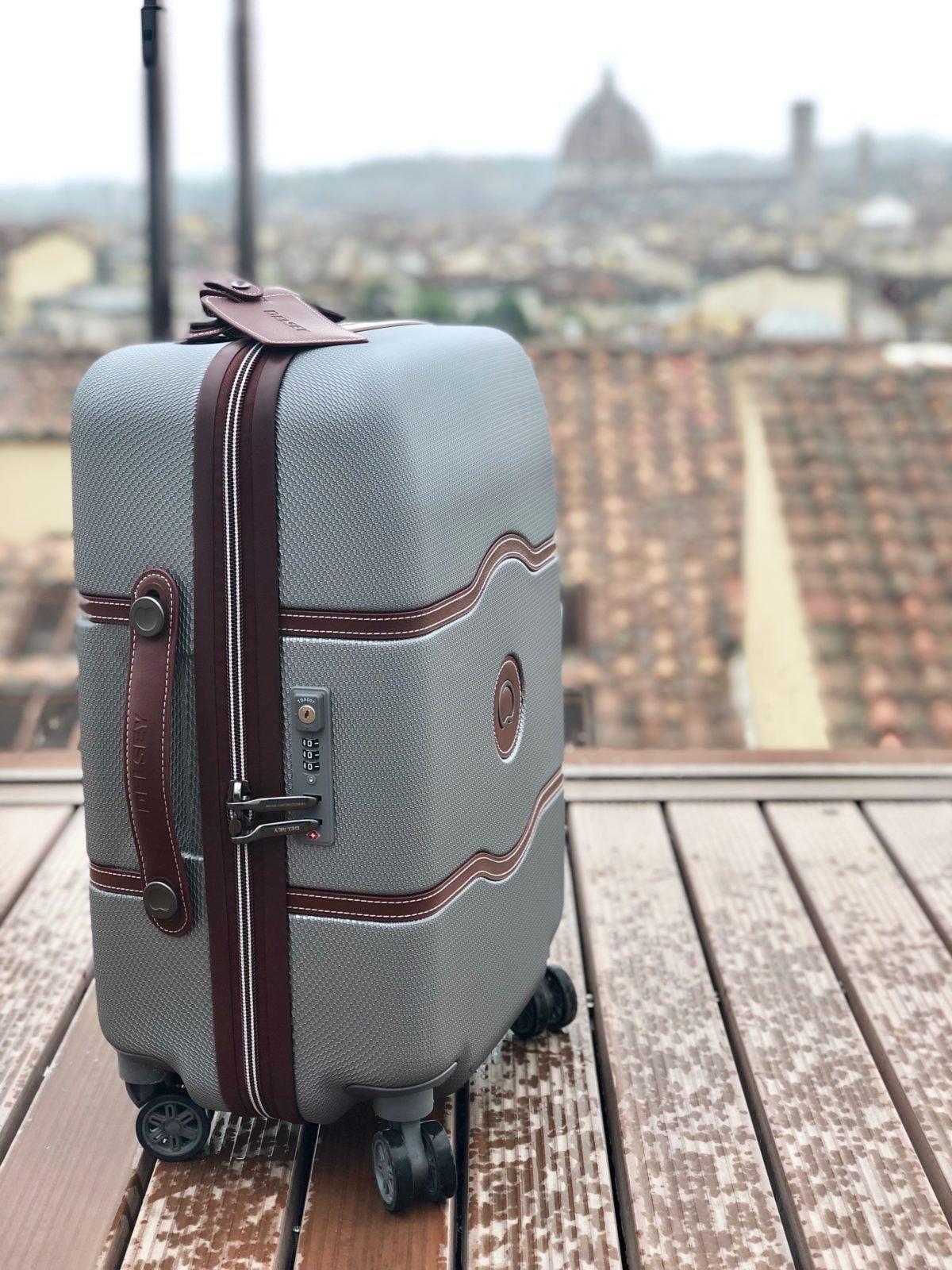 astuces voyage choisir valise cabine delsey chatelet avis test - blog deco - clem around the corner