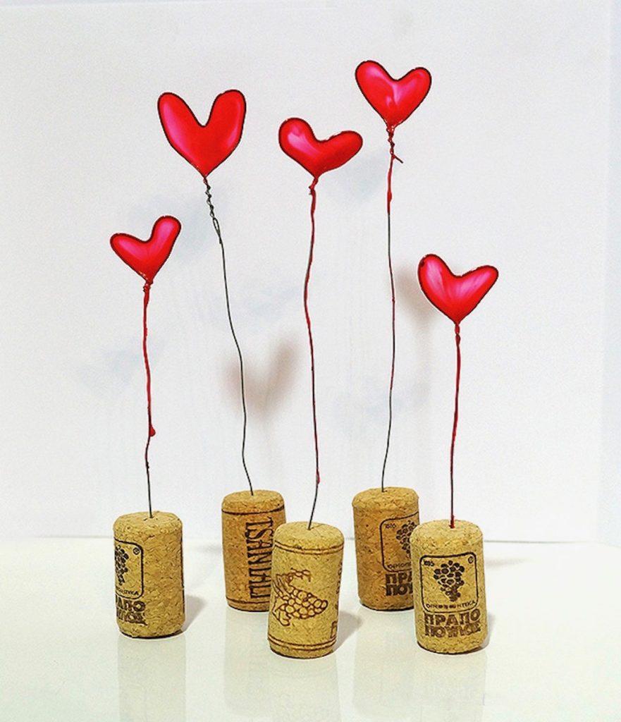 diy avec du vernis à ongle rouge créer un coeur - blog déco - clemaroundthecorner