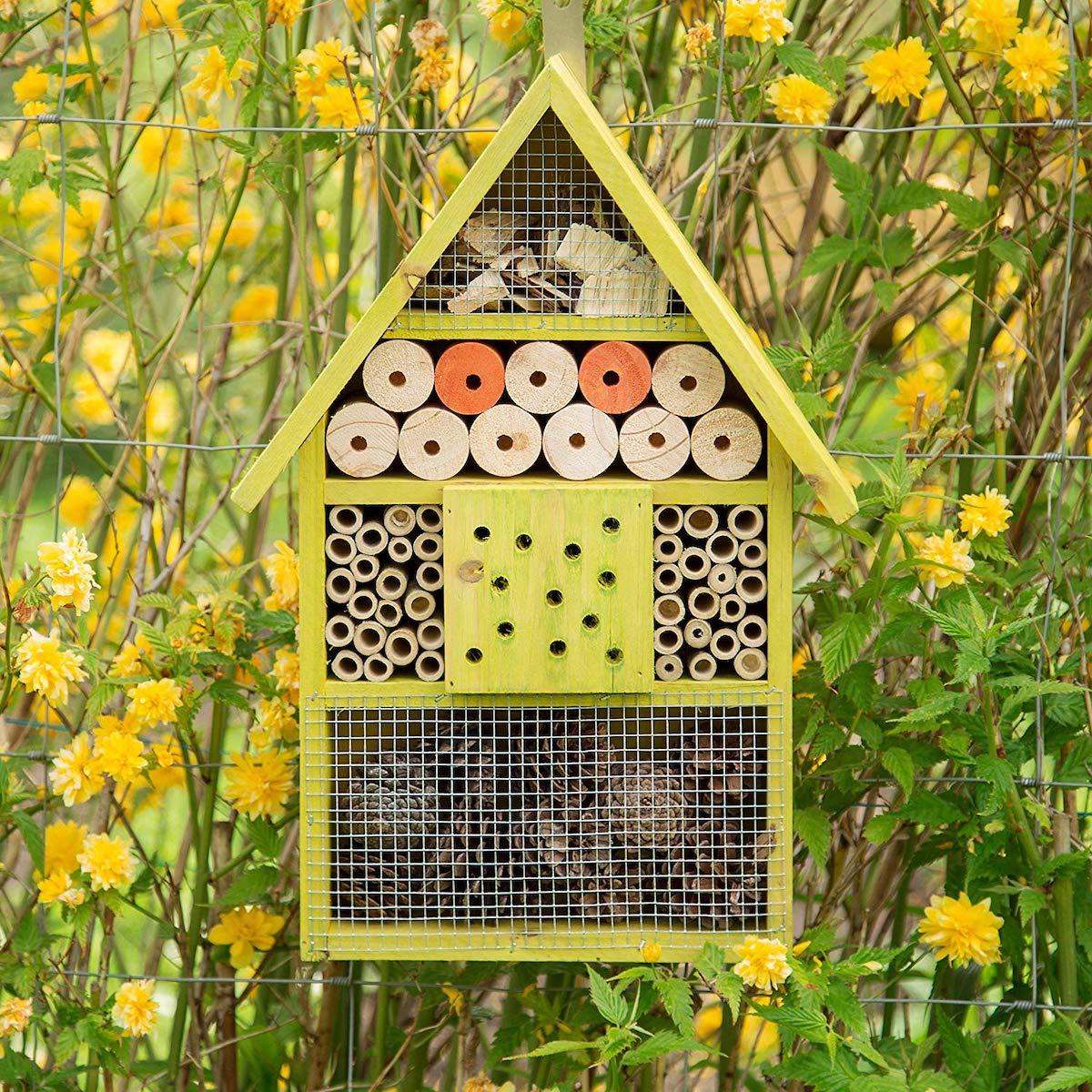 nichoir hôtel à insecte sauver les abeilles papillon - blog déco - clemaroundthecorner