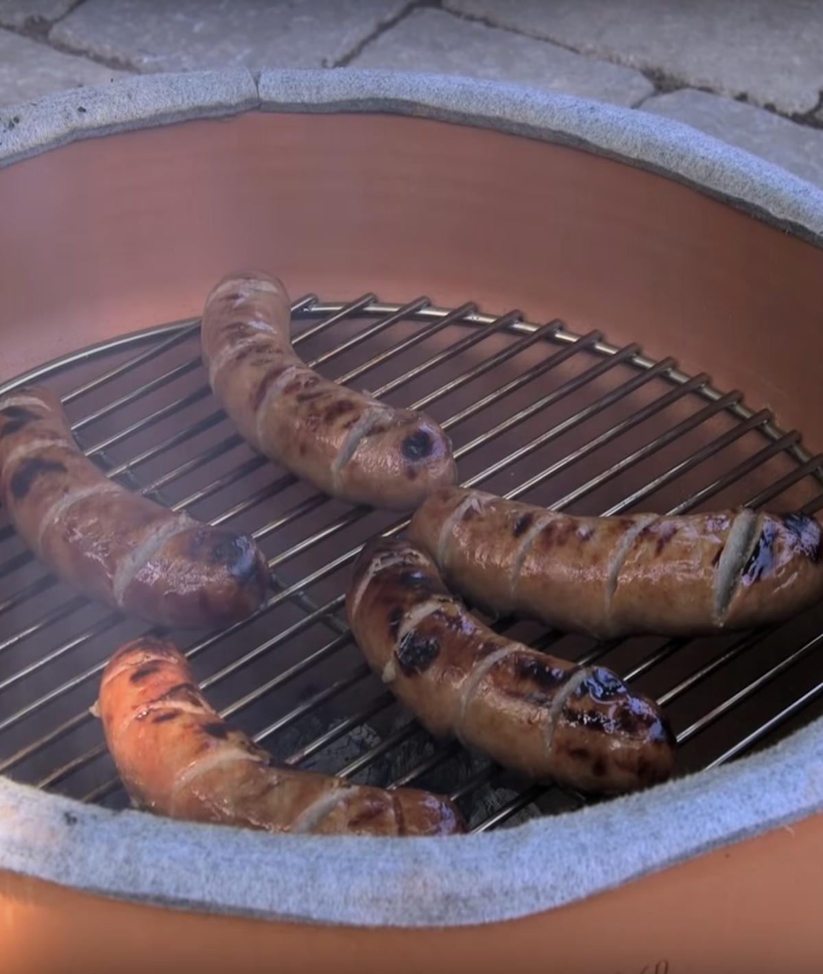 grill pot terre cuite grille saucisses extérieur outdoor déco clemaroundthecorner