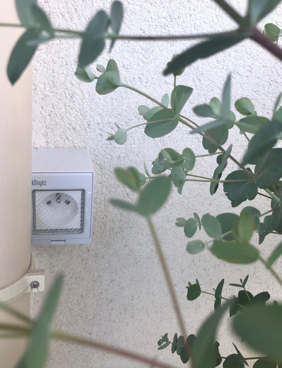 prise connectée extérieure konyks pluviose avis - clem around the corner