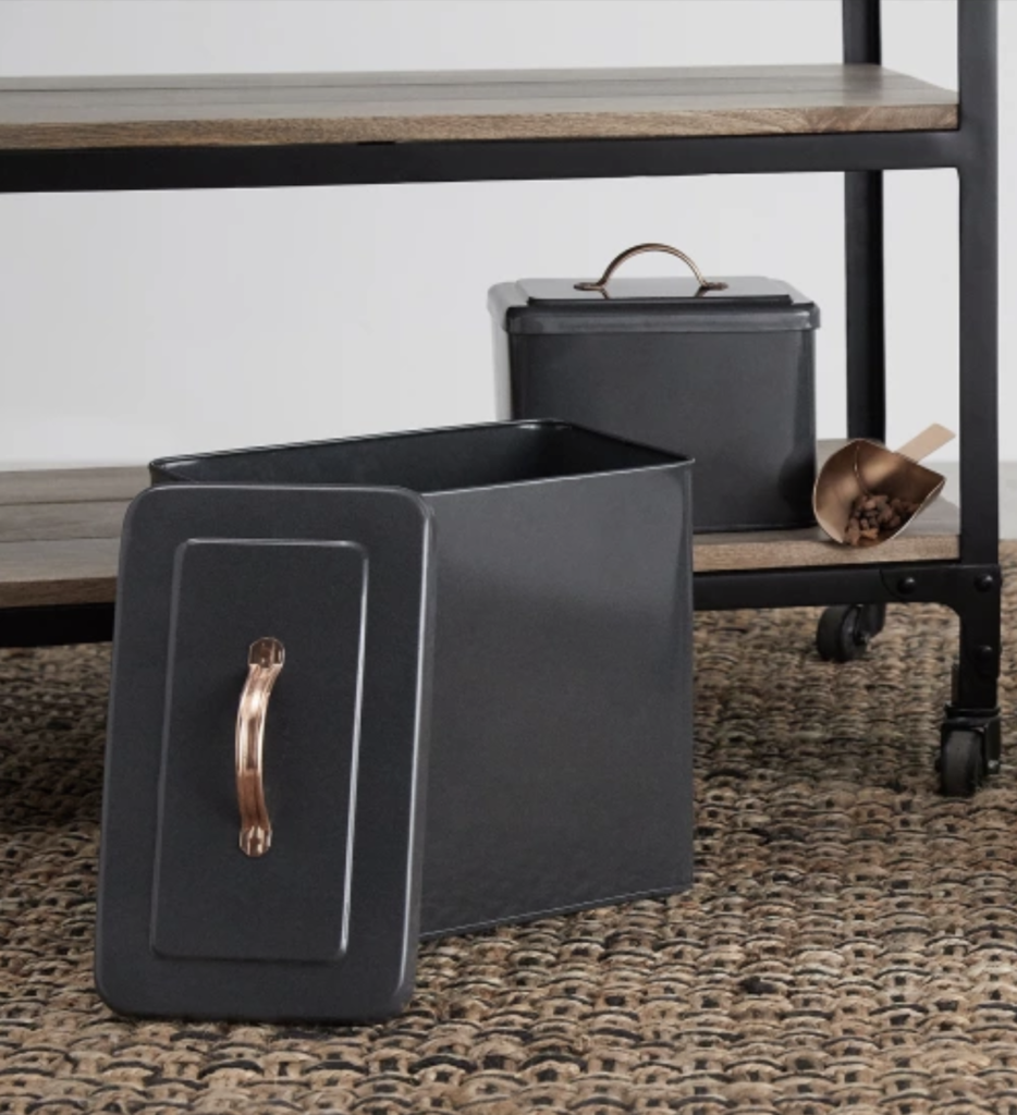 saskia boîtes croquettes avec pelle gris cuivre animaux chat chien - blog déco - clematc