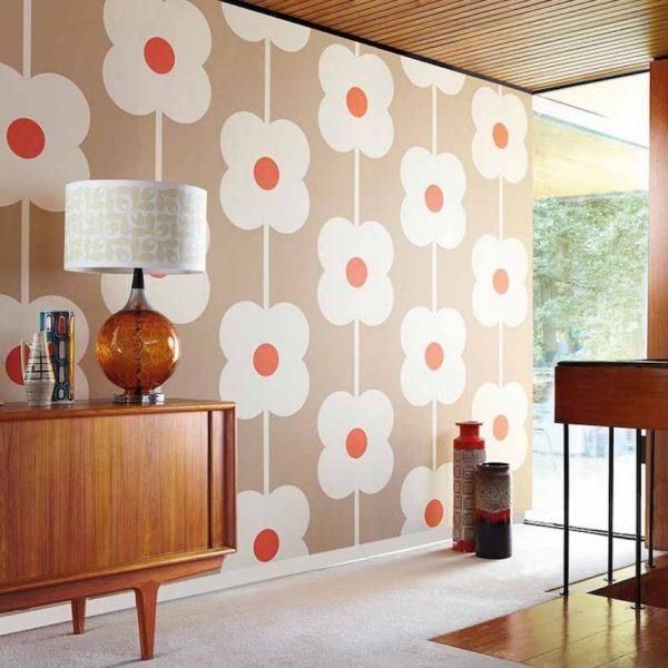 papier peint des années 70 motif fleur marguerite geante orange - blog déco clemaroundthecorner