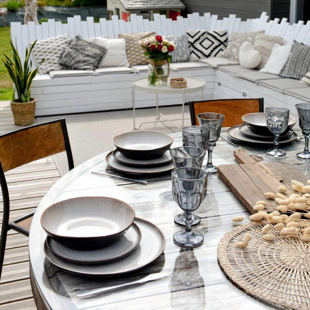 salon de jardin palette table ronde bobine bois - blog clematc