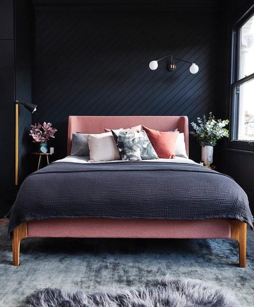 chambre mur noir bleu marine déco moderne masculin design