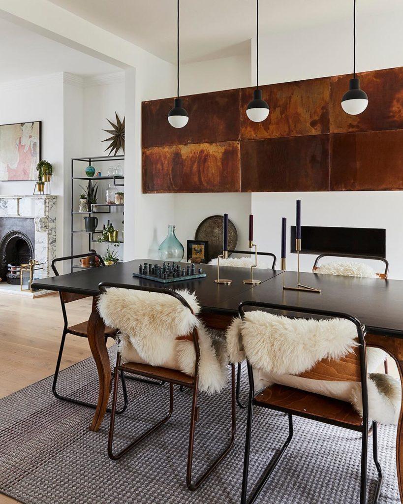 salle à manger panneau mur cuivre design style loft industriel