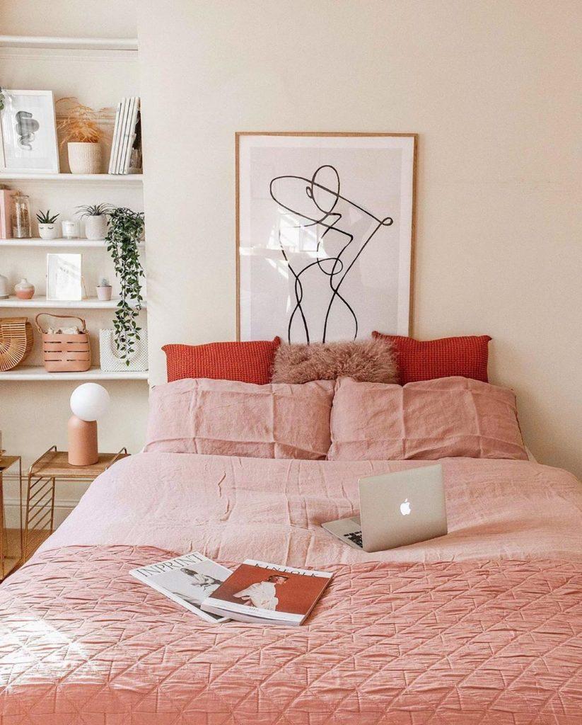 chambre camaieu rose rouge dégradé cosy - blog déco clem around the corner