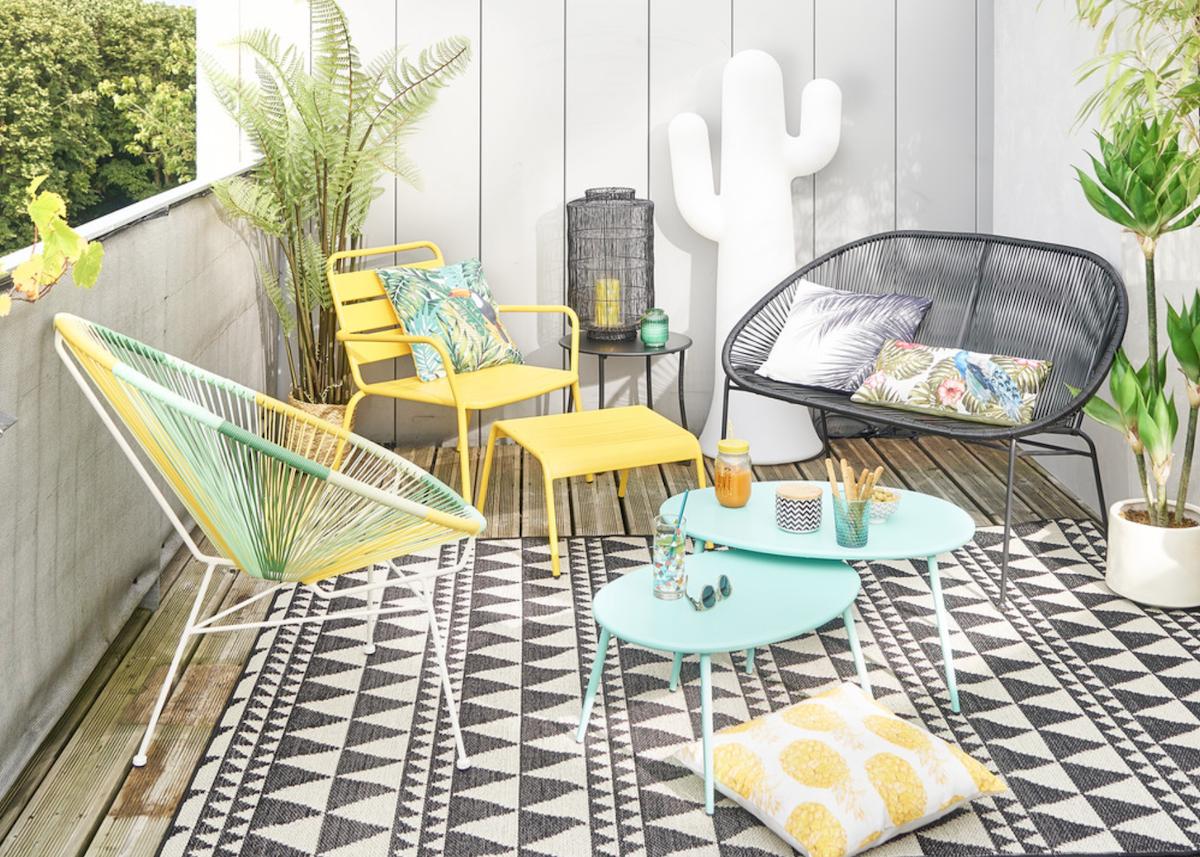 salon de jardin intérieur coloré tendance - blog déco - clemaroundthecorner