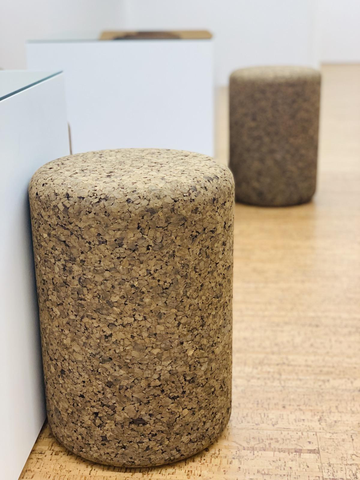 mobilier décoration intérieur assise pouf en liège tendance design - blog déco - clemaroundthecorner