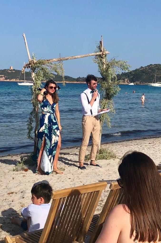 diy arche bois flotte décor cérémonie mariage exterieur plage discours