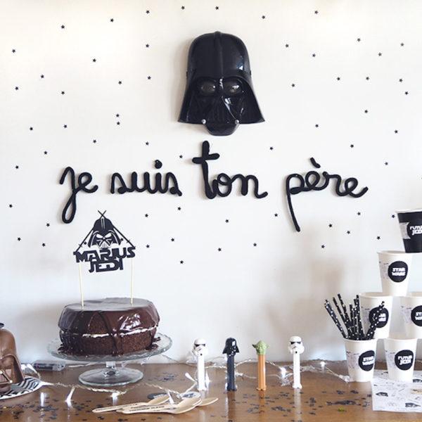 anniversaire thème star wars idée de décoration petits grand noir et blanc geek - blog déco - clem around the corner