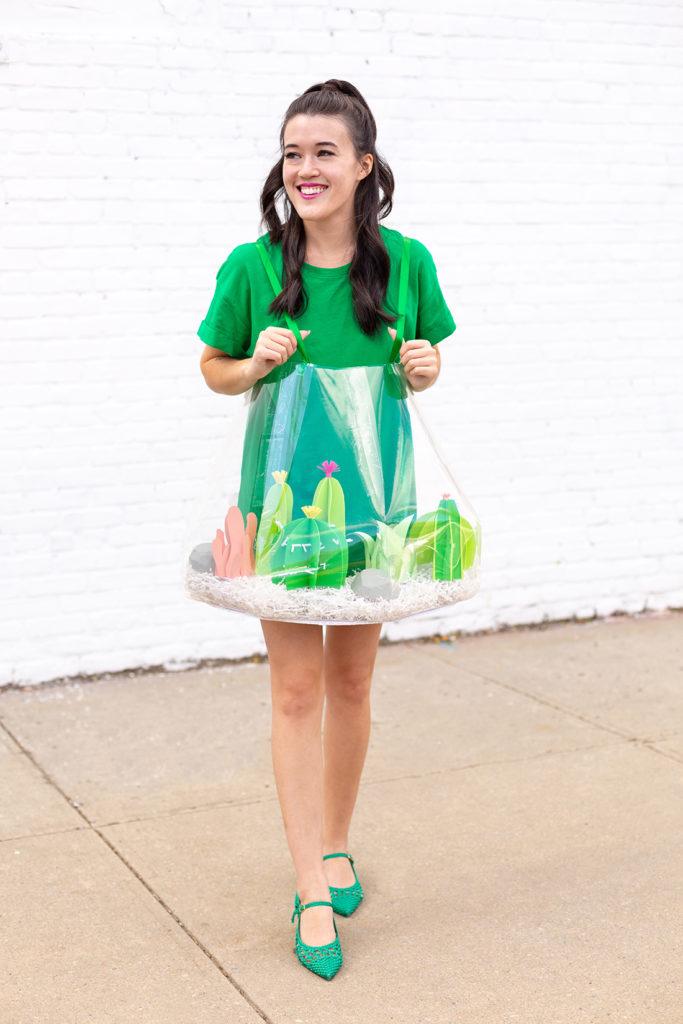 tee-shirt vert et costume facile à faire diy tutoriel faux terrarium robe cactus