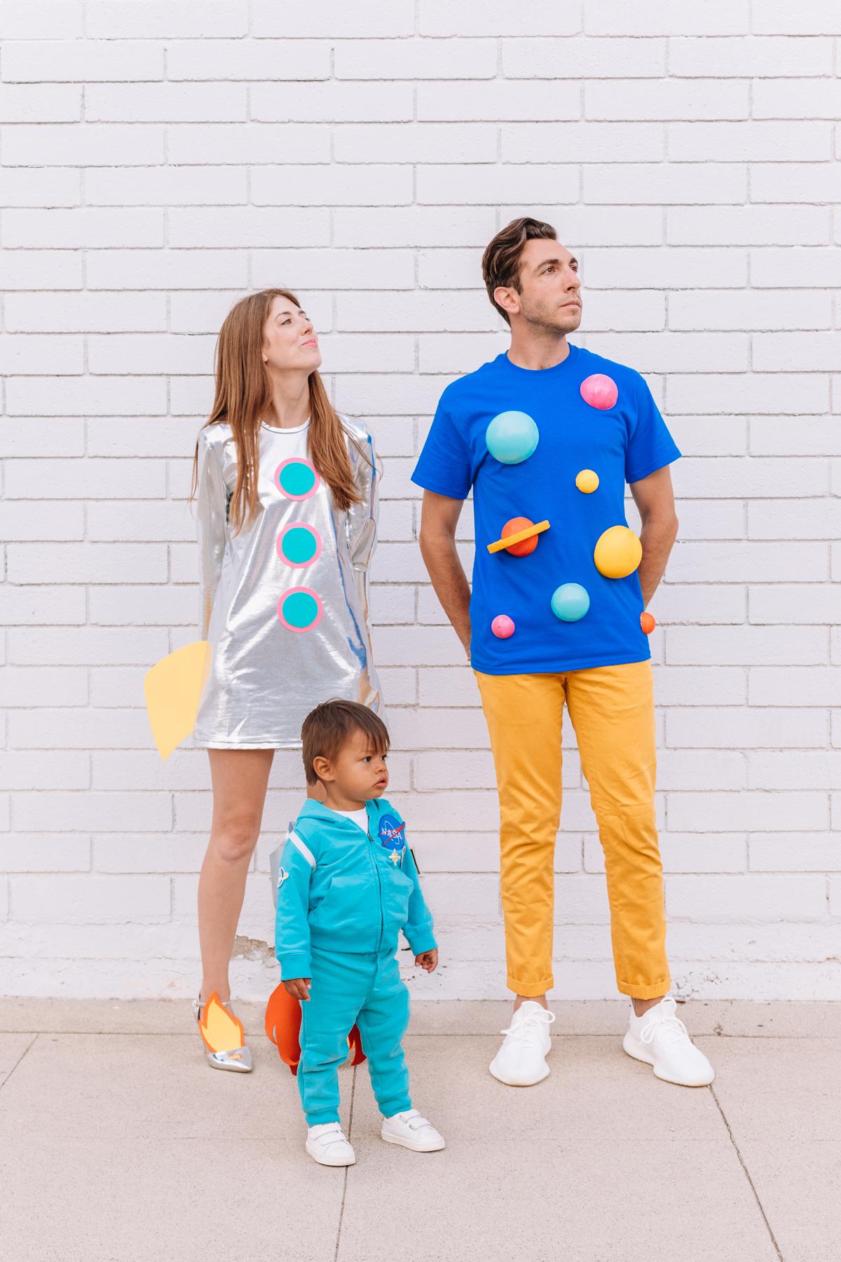 déguisement diy famille costume espace nasa planète étoile fusée original