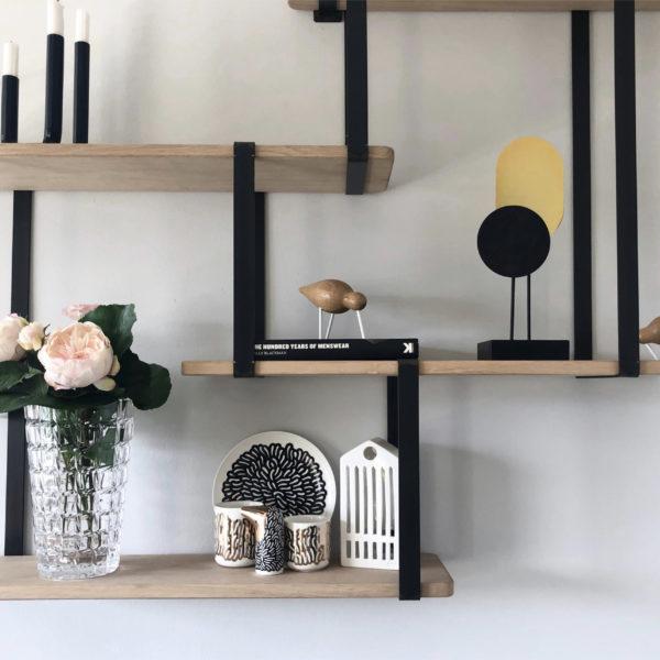 Test avis étagère Ripaton suspendu mural noir scandinave chêne massif blog décoration interieure clem around the corner