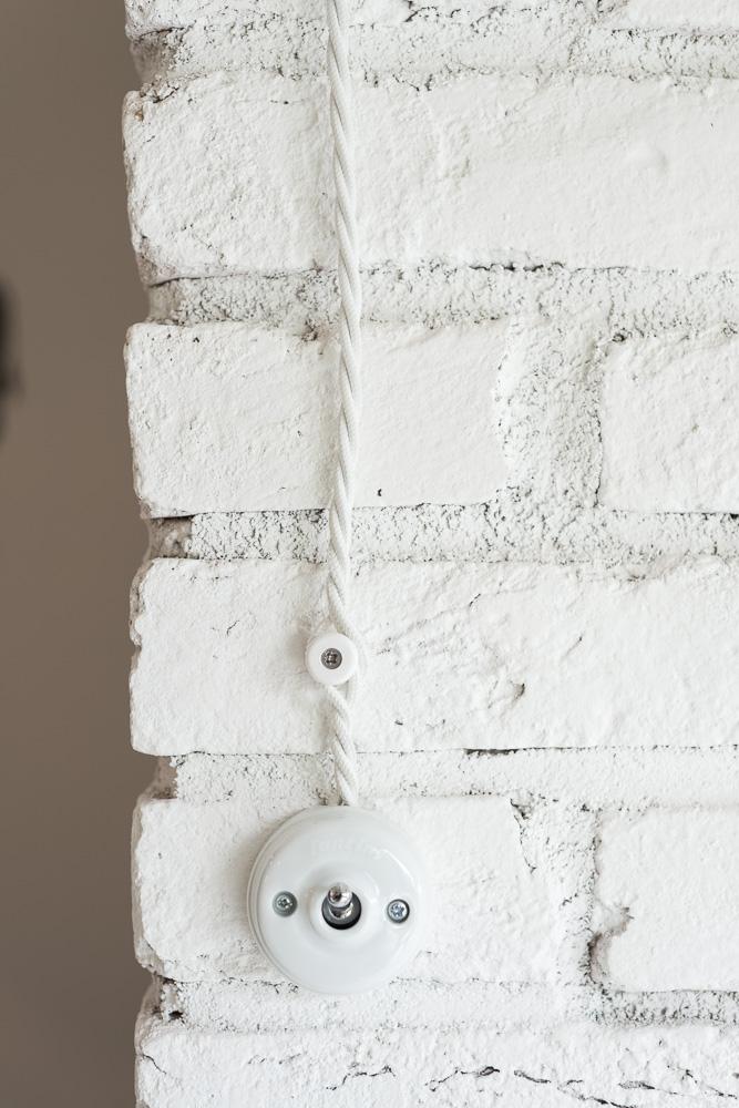 interrupteur retro rond porcelaine pas cher design retro vintage mur briques blanches