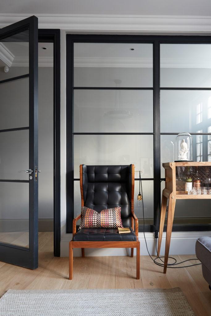 bureau verrière chaise rétro cuir noir bois - blog clematc