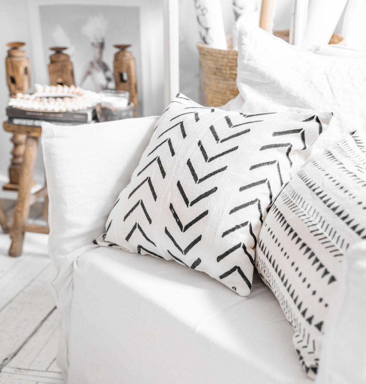 coussin motif ethnique fleche noir blanc salon boheme scandinave