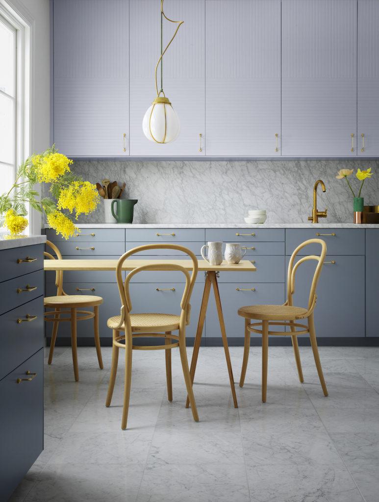 cuisine bi-colore gris mauve gris bleu style scandinave lumineuse