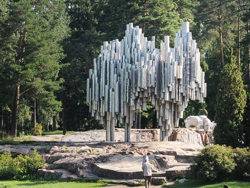 parc Helsinki design statue Jean Sibelius Monument Eila Hiltunen orgue métallique géant