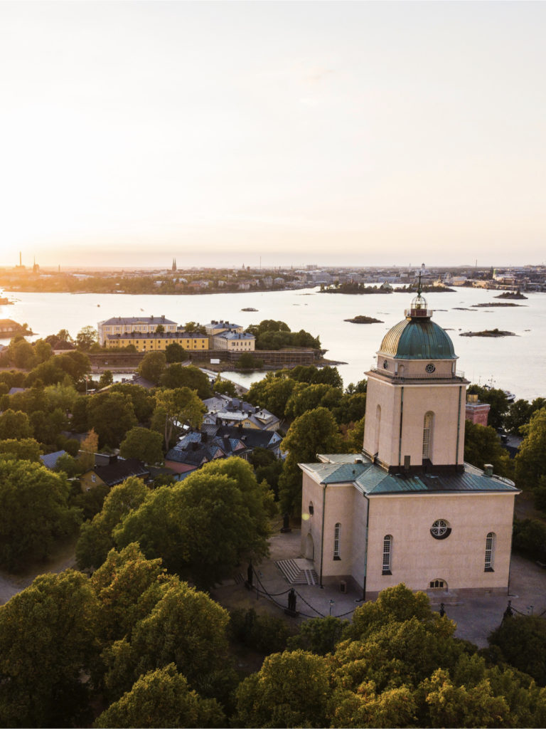 architecture à Helsinki ile Suomenlinna Unesco forteresse - blog déco - clemaroundthecorner