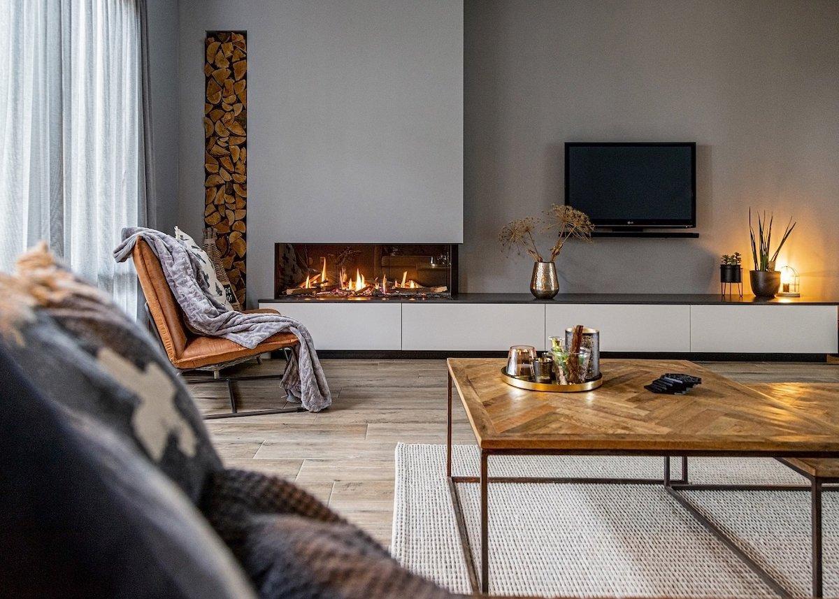 salon cheminée feu bûche ambiance chaleureuse - blog déco - clematc