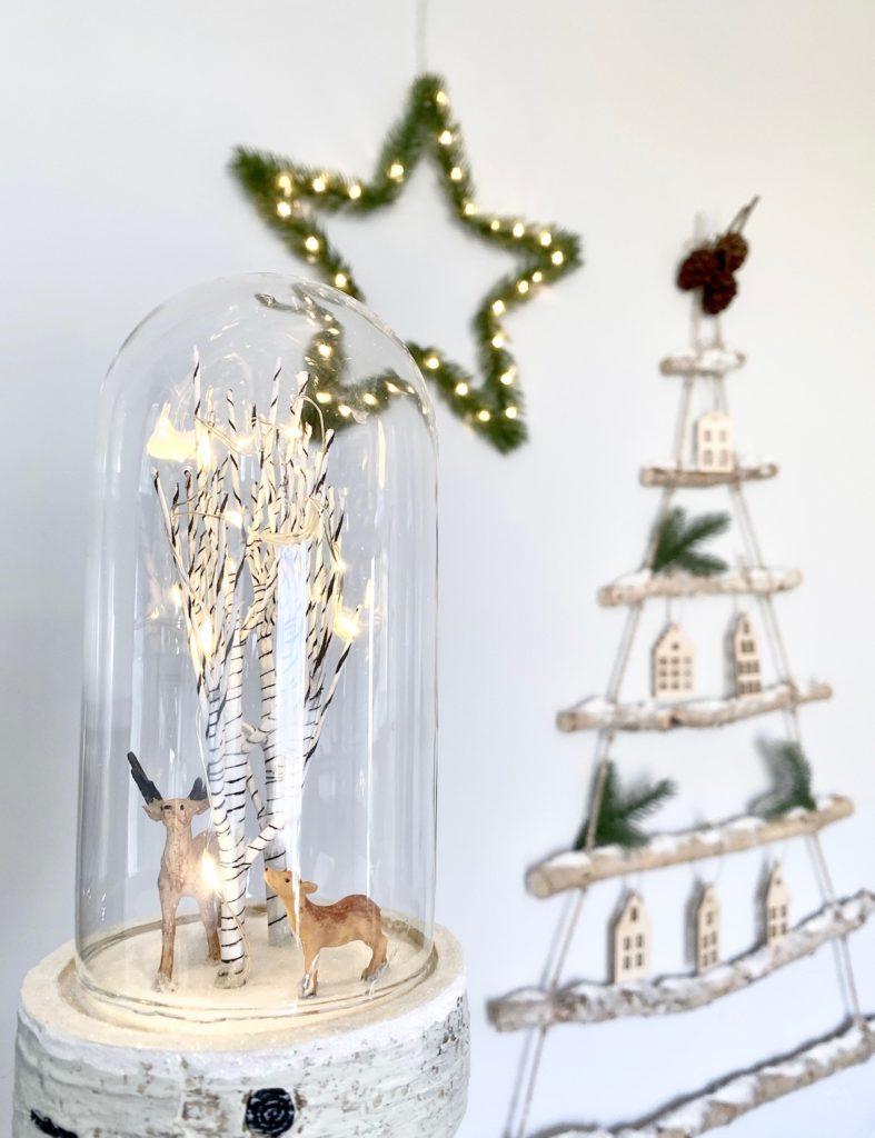 vitrine Noël bouleau lumineuse décoration scandinave - blog clem around the corner