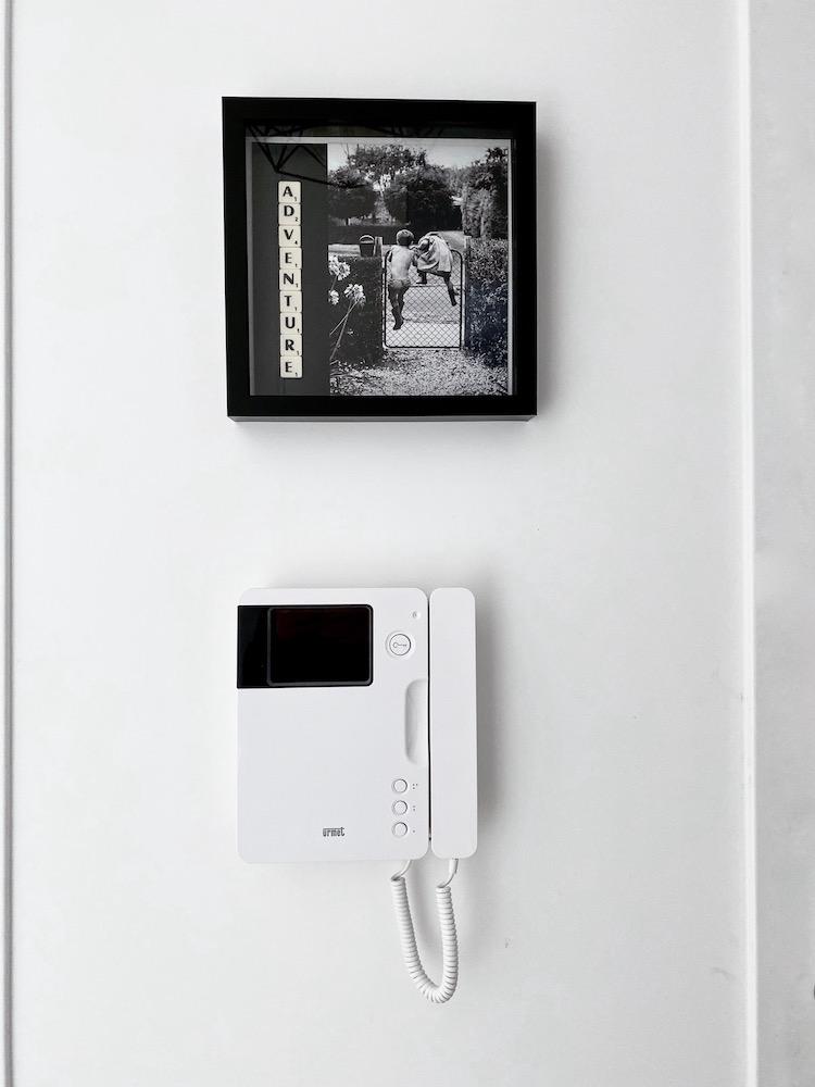petite entrée noire et blanche cadre idée cadeau diy affiche scrabble