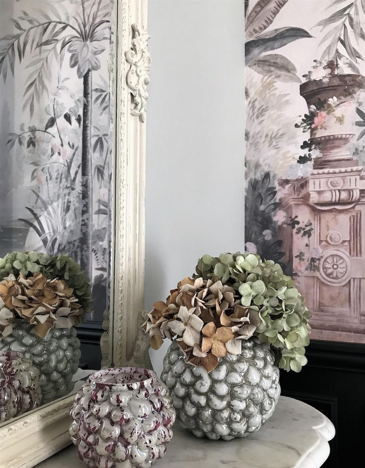 miroir vase vintage fleurs séchées papier peint cheminée - blog déco - clemaroundthecorner